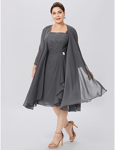 755b76ffad1d Γραμμή Α Λουριά Μέχρι το γόνατο Σιφόν Φόρεμα Μητέρας της Νύφης με Χιαστί    Πλισέ με LAN TING BRIDE®   Εσάρπα περιλαμβάνεται