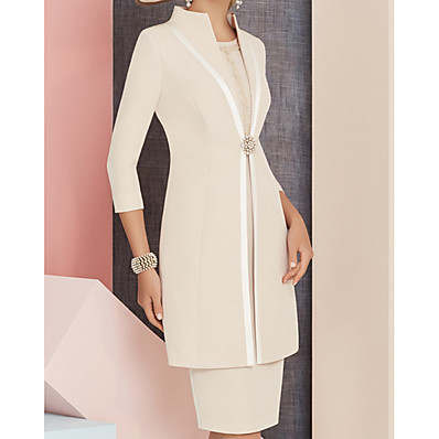cheap Mother of the Bride Dresses-Sheath / Column Jewel Neck Knee Length Satin 3/4 Length Sleeve Plus Size / Elegant Mother of the Bride Dress with Beading / Crystals 2020