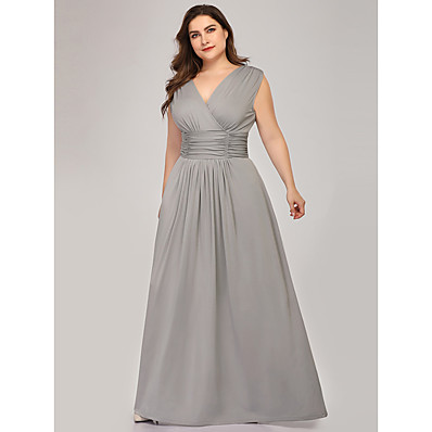 cheap Mother of the Bride Dresses-A-Line V Neck Floor Length Polyester / Spandex Sleeveless Plus Size Mother of the Bride Dress with Draping / Ruching 2020