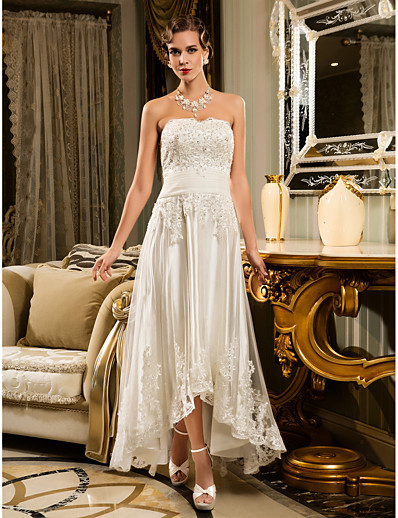 cheap WEDDING DRESSES-A-Line Wedding Dresses Strapless Asymmetrical Beaded Lace Strapless Vintage Illusion Detail with Appliques Button 2021