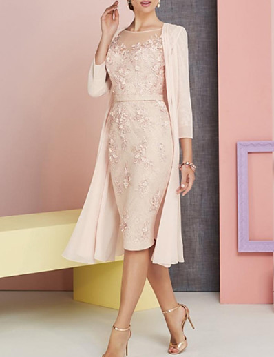 cheap WEDDING-Sheath / Column Bateau Neck Knee Length Chiffon / Lace 3/4 Length Sleeve Elegant / Vintage / Plus Size Mother of the Bride Dress with Appliques 2020 / See Through