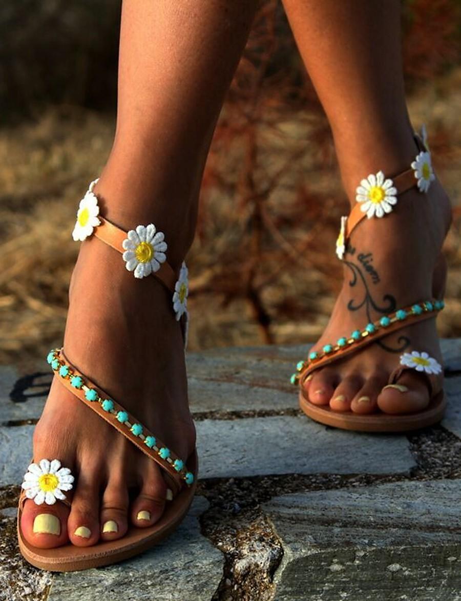 Women's Sandals Boho / Beach Flat Sandals Summer Flat Heel Round Toe Casual Boho Daily Beach Beading / Flower Floral PU Brown