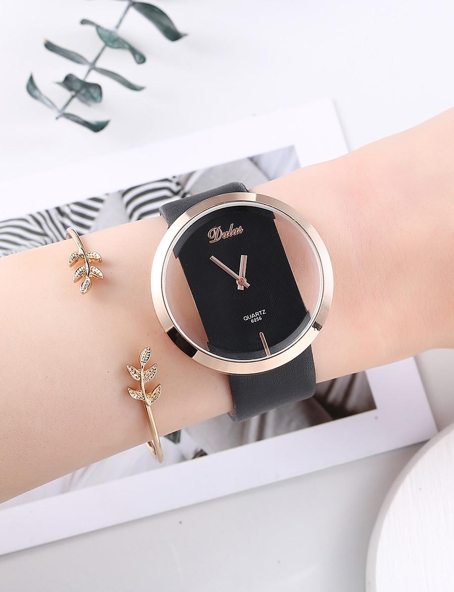 Women's Bracelet Watch Quartz Watches Analog Quartz Fashion Chronograph Cute Creative / One Year / PU Leather
