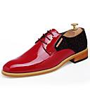 billige Oxfordsko til herrer-Herre Formell Sko Lakklær Vår / Sommer Komfort / Britisk Oxfords Svart / Rød / Bryllup / Fest / aften / Pen sko