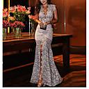 זול שמלות שושבינה-V עמוק מידי תחרה, פרחוני - שמלה צינור משוחרר בסיסי בגדי ריקוד נשים