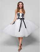 preiswerte Abendkleider-Ballkleid Sweetheart Knie-Länge Tüll Cocktailparty / Abiball Kleid mit Applikationen durch TS Couture®