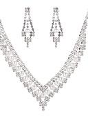 ieftine Rochii Fata cu Flori-Pentru femei Set bijuterii - Imitație de Perle Clasic, Dulce, Elegant Include Seturi de bijuterii de mireasă Argintiu Pentru Nuntă / Petrecere