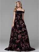 זול שמלות ערב-נשף סירה מתחת לכתפיים שובל קורט תחרה / סאטן נשף רקודים / ערב רישמי שמלה עם אפליקציות על ידי TS Couture®