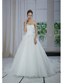 cheap Evening Dresses-A-Line Sweetheart Neckline Chapel Train Lace / Tulle Made-To-Measure Wedding Dresses with Beading / Appliques / Lace by ANGELAG