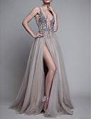 זול שמלות ערב-גזרת A צלילה שובל סוויפ \ בראש טול גב פתוח ערב רישמי שמלה עם חרוזים / שסע קדמי על ידי LAN TING Express