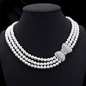 Dámské Obojkové náhrdelníky Řetízky Límeček Perla Bowknot Shape Perly Napodobenina perel Štras Vícevrstvé bižuterie Pro nevěstu Elegantní
