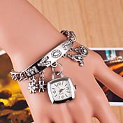 Mujer Reloj de Moda Reloj Pulsera Simulado Diamante Reloj Cuarzo La imitación de diamante Aleación Banda Plata Dorado Plata Dorado