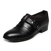 Hombre Zapatos PU Primavera Verano Otoño Hebilla para Casual Oficina y carrera Al aire libre Fiesta y Noche Blanco Negro Marrón