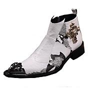 Hombre Zapatos Cuero Primavera Verano Otoño Invierno Innovador Botas de Moda Botas de Combate Confort Botas Paseo Remache Estampado
