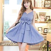 firmar 2017 coreano vestido de la correa azul a rayas con cuello en V cintura falda de la hembra del verano sección de largo