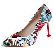 Mujer Zapatos PU Invierno Confort Pump Básico Tacones Tacón Stiletto Dedo Puntiagudo para Vestido Blanco Negro