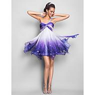 A-linje / Prinsesse Etskuldret Kort / mini Chiffon Kjole med Perlearbejde / Krystaldetaljering / Drapering ved TS Couture®