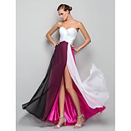 Linha A Princesa Decote Princesa Longo Chiffon Evento Formal Baile Militar Vestido com Fenda Frontal Cruzado Franzido de TS Couture®