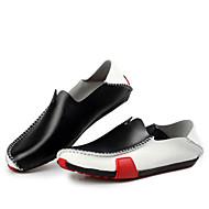 baratos Sapatos Masculinos-Homens Sapatos de couro Couro Primavera / Outono Conforto Mocassins e Slip-Ons Antiderrapante Preto / Azul Real / Loafers de conforto