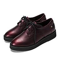 baratos Sapatos Femininos-Feminino Oxfords Conforto Courino Primavera Verão Outono Inverno Casual Caminhada Conforto Cadarço Salto Baixo Preto Vinho Menos de 2,5cm