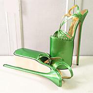 baratos Sapatos Femininos-Mulheres Sapatos Couro Ecológico Verão / Outono Saltos Salto Agulha / Plataforma Ponta Redonda Presilha Vermelho / Verde / Dourado