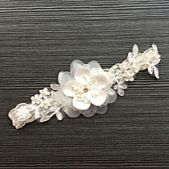Lace Wedding Garter with Lace Flower Wedding AccessoriesClassic Elegant Style