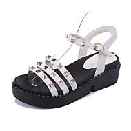 Dámské Sandály Creepers PU Jaro Léto Ležérní Šaty Creepers Nýty Přezky Nízký podpatek Bílá Černá 5 - 7 cm
