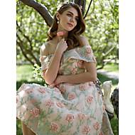 Balkjole Skulderfri Te-længde Polyester Cocktailparty / Skolebal Kjole med Broderi ved TS Couture®