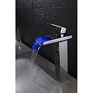 billige Rabatt Kraner-Moderne Centersat Foss LED Keramisk Ventil Enkelt Håndtak Et Hull Krom, Baderom Sink Tappekran