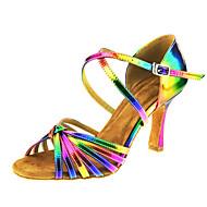 baratos Sapatilhas de Dança-Mulheres Sapatos de Dança Latina Couro Sandália Presilha / Cruzado Salto Cubano Personalizável Sapatos de Dança Arco-íris / Espetáculo