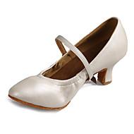 """billige Moderne sko-Dame Moderne Kunstlær Lær Sandaler Høye hæler Ytelse Spenne Kubansk hæl Hvit Svart Sølv Brun 2 """"- 2 3/4"""" Kan spesialtilpasses"""