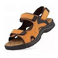 tanie Obuwie męskie-Męskie Komfortowe buty PU Lato Sandały Spacery Czarny / Żółty / brązowy