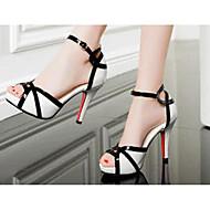 Femme Chaussures à Talons Confort Polyuréthane Printemps Eté Décontracté Confort Blanc Plat