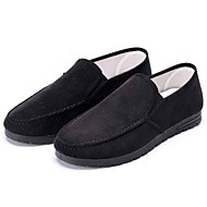 tanie Small Size Shoes-Męskie Buty Materiał Wiosna Jesień Comfort Mokasyny i pantofle Spacery na Casual Na wolnym powietrzu Black