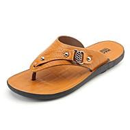 お買い得  メンズスリッパ&ビーチサンダル-男性用 靴 PUレザー 冬 夏 コンフォートシューズ スリッパ&フリップ・フロップ リベット のために カジュアル イエロー Brown