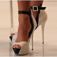Női Cipő PU Nyár Kényelmes Magassarkúak Kompatibilitás Hétköznapi Fehér