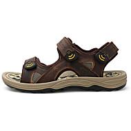 Miehet kengät Nahka Kesä Comfort Sandaalit Käyttötarkoitus Kausaliteetti Musta Kahvi Ruskea