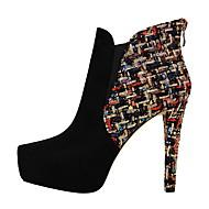 halpa -Naiset Kengät Tekonahka Kevät Syksy Comfort Bootsit Pointed Toe Käyttötarkoitus Puku Musta Manteli
