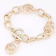 Breloque Charms Bracelet Bracelet Femme Monogrammes dames simple Mode Bracelet Bijoux Dorée Argent Forme Géométrique pour Quotidien Sortie