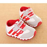 baratos Sapatos de Menino-Para Meninos Sapatos Couro Ecológico Outono / Inverno Conforto Tênis para Preto / Amarelo / Vermelho