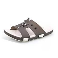 baratos Sapatos Masculinos-Homens Couro Ecológico Primavera / Verão Conforto Chinelos e flip-flops Cinzento / Vermelho / Azul