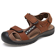 tanie Obuwie męskie-Męskie Buty Syntetyczny Microfiber PU Wiosna Jesień Comfort Sandały Szurowane na Casual Chocolate Brown Dark Brown