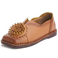 Mujer Zapatos Cuero de Napa Primavera / Otoño Confort Zapatos de taco bajo y Slip-On Tacón Bajo Dedo redondo Borla Negro / Wine LiSM0