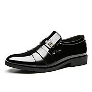Homens sapatos Couro Ecológico Primavera Verão Sapatos formais Oxfords Miçangas para Escritório e Carreira Festas & Noite Preto Marron