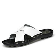 baratos Sapatos Masculinos-Homens Pele Napa Primavera / Outono Conforto Sandálias Caminhada Preto / Amarelo / Khaki