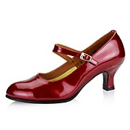 สำหรับผู้หญิง หนังสิทธิบัตร ฤดูใบไม้ผลิ / ตก ปั๊มพื้นฐาน รองเท้าส้นสูง ส้นลูกแมว Pointed Toe สีดำ / สีเงิน / สีแดงเบอร์กันดี / พรรคและเย็น