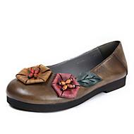 baratos Sapatos Femininos-Mulheres Sapatos Pele Napa Primavera Verão Bailarina Mocassins e Slip-Ons Sem Salto Ponta Redonda Tachas Marron / Castanho Claro