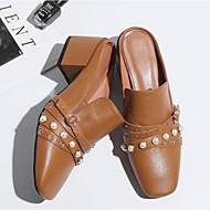 preiswerte -Damen Schuhe Nappaleder Frühling Sommer Komfort / Fersenriemen Cloggs & Pantoletten Blockabsatz Geschlossene Spitze Schwarz / Beige / Hellbraun
