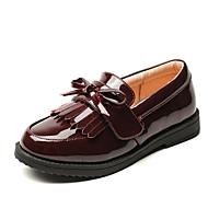 tanie Obuwie chłopięce-Dla chłopców / Dla dziewczynek Obuwie PU Wiosna & jesień Comfort Mokasyny i pantofle na Black / Burgundowy