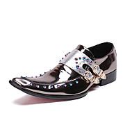 baratos Sapatos Masculinos-Homens Sapatos de vestir Pele Napa Outono Formais Oxfords Não escorregar Prata / Azul / Vermelho Escuro / Gliter com Brilho / Festas & Noite